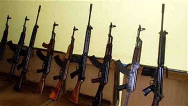 الأمن يضبط 9 قطع سلاح و3 تجار مخدارت فى أسيوط