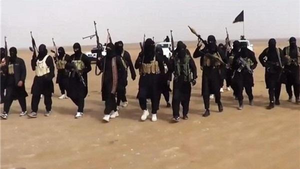 محطات فاصلة في الصراع بين «القاعدة» و«داعش»