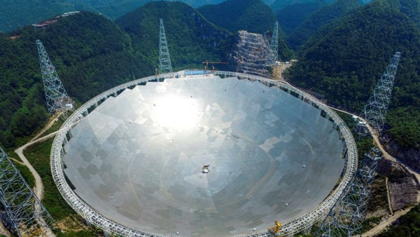 الصين تبني أعلى تلسكوب في العالم