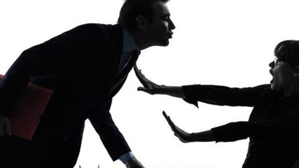 ماذا يستفيد المتحرش بعد ارتكاب جريمته؟