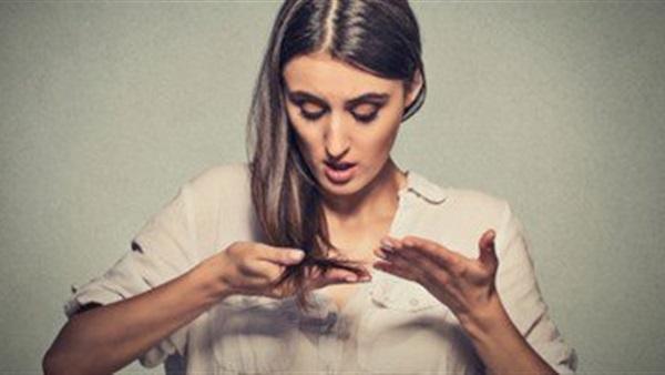 4 وصفات سحرية للقضاء على مشكلة تساقط الشعر