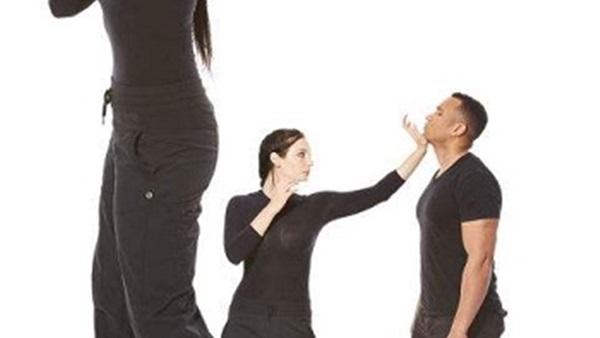 للنساء.. 3 طرق للدفاع عن نفسك ضد أي اعتداء