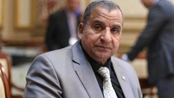 نائب ينتقد عرض التعديل الوزاري على البرلمان