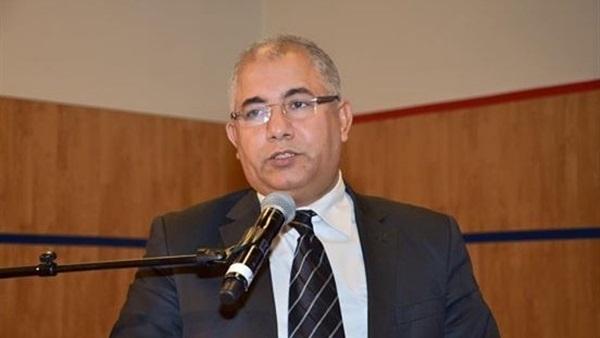 محمد البشاري: العالم السني إقصائي يهتم بـ «التفاهات الفكرية»