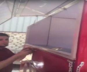 المطعم التوك توك أحدث تقاليع الشعب المصري (فيديو)