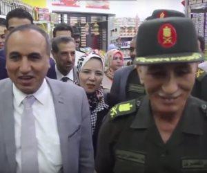 إقبال على منفذ بيع سلع جهاز الخدمة الوطنية بنقابة الصحفيين (فيديو)