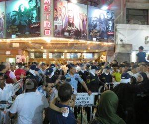 شاهد.. الشرطة النسائية تؤمن سينمات وسط البلد في ثاني أيام عيد الفطر (فيديو وصور)