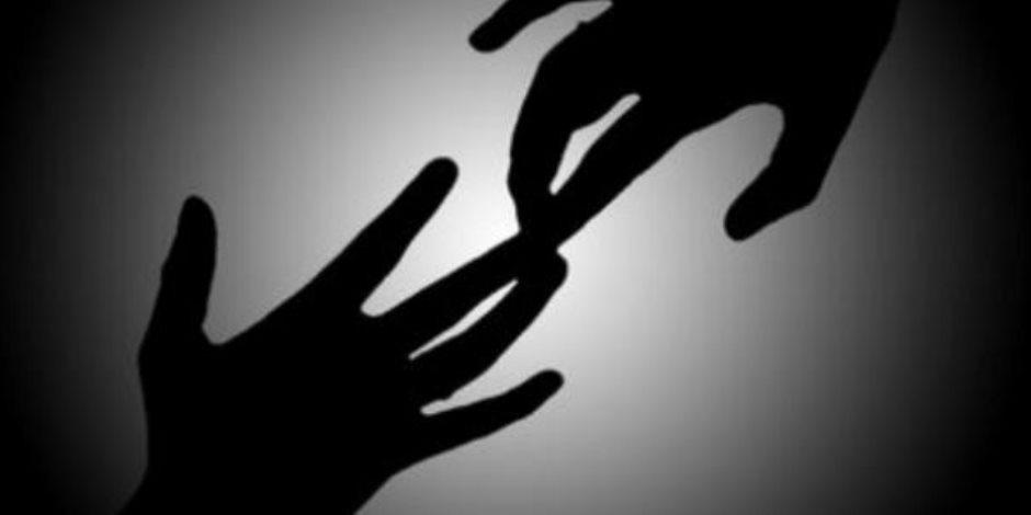 «شنبات عيرة».. رجل يقتل زوجته وأولاده والثاني ينتحر بسبب الحب   صوت الأمة