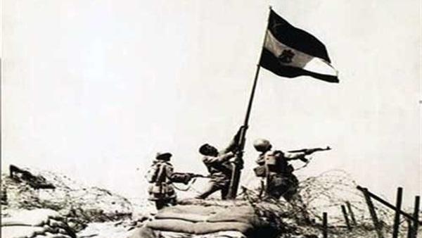 مصر تحتفل بالذكرى الـ 42 لحرب الكرامة
