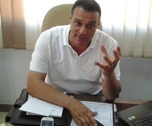 عصام عبد الفتاح: تقنية الحكم الخامس أفضل من «الفيديو»