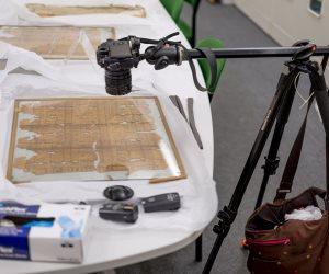متحف بريطاني يرمم البرديات الفرعونية بـ«الفوتوشوب» (صور)