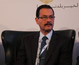 رئيس «المشروعات الصغيرة» يلتقي رئيس «تنمية القناة» لتخصيص 60 فدانا
