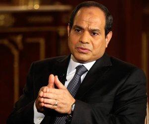 السيسي يطالب بمراعاة العاملين في مناجم الذهب: «دول بياكلوا عيش»
