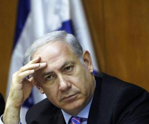بنيامين نتنياهو يسقط في فخ سخرية معارضيه.. ويواجه الإقصاء من منصبه