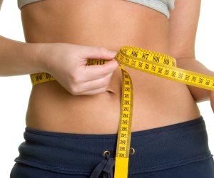 هل تسعى لإنقاص وزنك؟.. عليك بـ«عصير السبانخ بالكيوي»