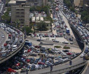 النشرة المرورية.. كثافات مرورية مرتفعة بمحاور و ميادين القاهرة و الجيزة