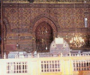 كاميرات المساجد.. هل لرصد الإرهابيين أم لمراقبة المصليين؟