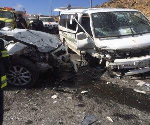 إصابة شخصين في حادث مروري بطريق الكريمات