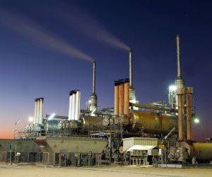 مع دخول العقوبات الأمريكية ضد إيران حيز التنفيذ.. ماذا ينتظر أسعار النفط؟