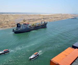 مميش : عبور 49 سفينة عبرت قناة السويس أمس