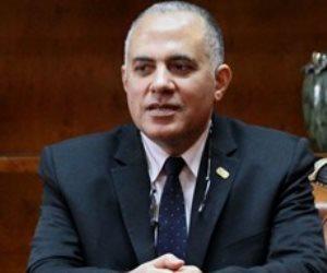 وزير الري يجتمع بالعاملين في الهيئة العامة للسد العالي وخزان أسوان
