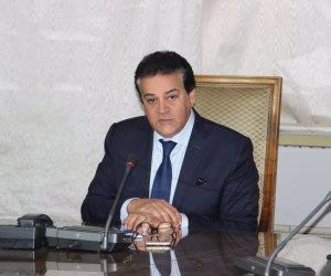 وزير التعليم العالي لـ«النواب»: «نفسي الجرائد متقولش الامتحانات صعبة»
