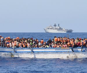حرس السواحل الليبي: إنقاذ 202 مهاجر غير شرعي في مصراتة