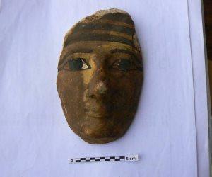 «الآثار»: استرداد قناع أثري خشبي من باريس