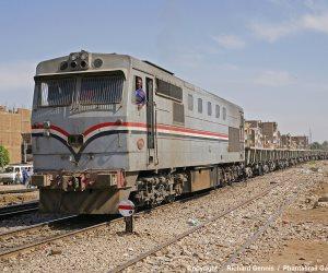 مصرع تاجر أسفل عجلات قطار ركاب بالشرقية