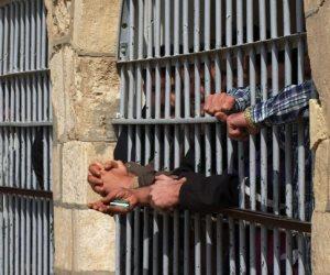 ضبط 5 متهمين سطوا على مصنع نسيج بمدينة السلام