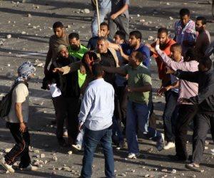 مشاجرة بالأسلحة النارية في إمبابة.. والضحية شاب تصادف مروره بالمكان
