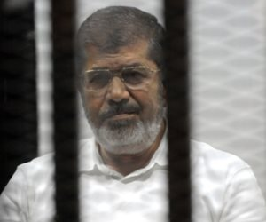 نظر طلب رد هيئة محاكمة «مرسي» وآخرين في «اقتحام السجون» اليوم