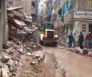 «القاهرة.. عاصمة الأنقاض».. شبح الفساد والرشاوى يطارد العقارات المتهالكة