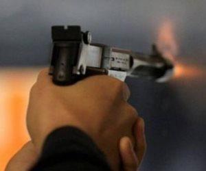«أعز الولد ولد الولد».. مهتز نفسيا يطلق النار على جدته لرفضها إعطاءه المال