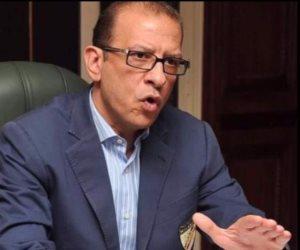 أشرف عبد العزيز يوضح حقيقة تزوير مستندات الإفراج الجمركي لـ 20 سيارة مرسيدس