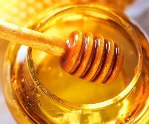 """""""دواء فعال من قلب الطبيعة """" العسل حل مضمون لكثير من المشاكل"""