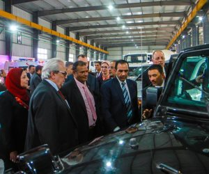 حكاية أول مصنع مصري بالسويس لانتاج الزجاج المدرع والسيارات المصفحة (صور)