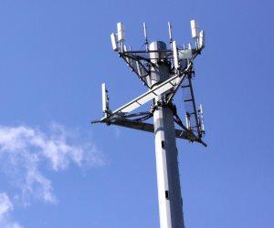 أبرزها 100 مليون خط محمول.. مؤشرات البنية الأساسية للاتصالات (انفوجراف)