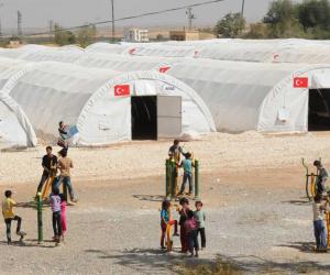 بدء محاكمة 11 شخصا على خلفية مصرع لاجئين فى شاحنة بـ المجر