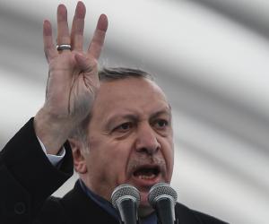 أنقرة تقنن التجسس على شعبها.. هل ينتفض الأتراك ضد حكومة الديكتاتور؟