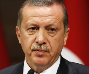سر تحويل الإخوان استفتاء الاستبداد التركي لخلافة إسلامية (صور)