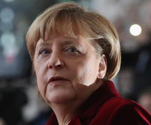 """ماذا قالت """" ميركل"""" عن بدء مشاورات تشكيل الحكومة الألمانية ؟"""