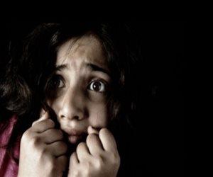 """قصة """"مدرس"""" تحرش بطالبات الابتدائية وأجبرهن على مشاهدة مقاطع جنسية"""