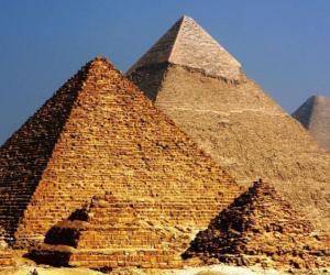 لو بتسأل لسه جدودك عملوها إزاي.. اعرف نظام نقل «الكتل الحجرية» لبناء الأهرامات