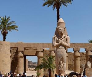 معبد الكرنك يستضيف المؤتمر الصحفي لماراثون زايد