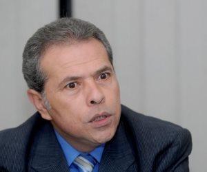 ترحيل توفيق عكاشة لسجن طرة لتنفيذ عقوبة الحبس في واقعة تزوير الدكتوراة