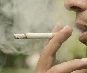 لو أنت مدخن هنفكرك بأضرار التدخين.. الجلطات وضعف المناعة والقرار لك