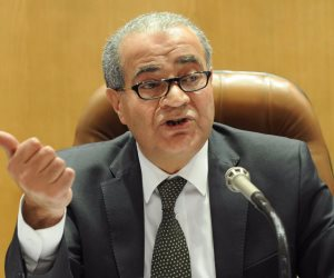 وزير التموين يجتمع بـ «شعبة المخابز» اليوم