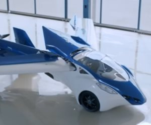 سيارة طائرة تحلق في الهواء تطرح قريبًا بالأسواق (فيديو)