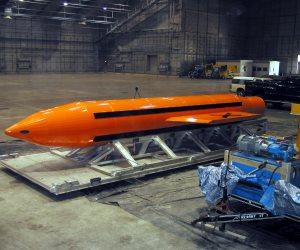 أم القنابل الأمريكية.. استعراض لـ «ترامب» أم تحجيم لنفوذ داعش؟